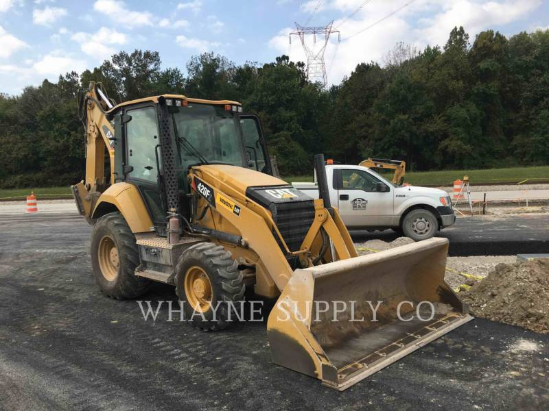 CATERPILLAR CHARGEUSES-PELLETEUSES 420F2 equipment  photo 1