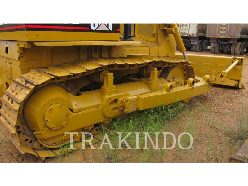 CATERPILLAR TRACK TYPE TRACTORS D7G equipment  photo 17