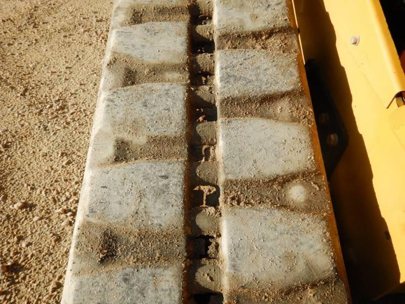 CATERPILLAR PALE CINGOLATE MULTI TERRAIN 279 D equipment  photo 7