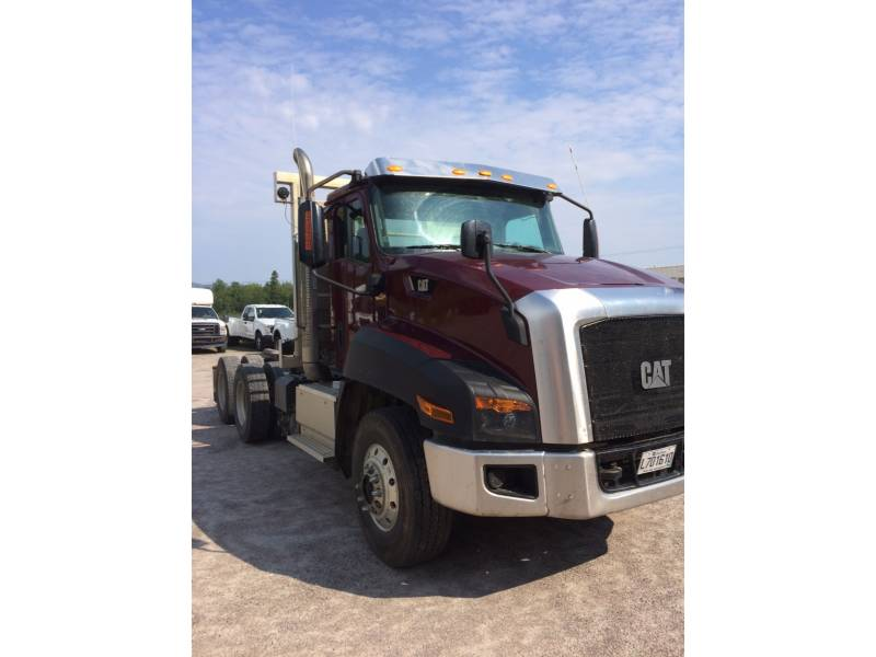CATERPILLAR CAMIONS ROUTIERS CT660 equipment  photo 8