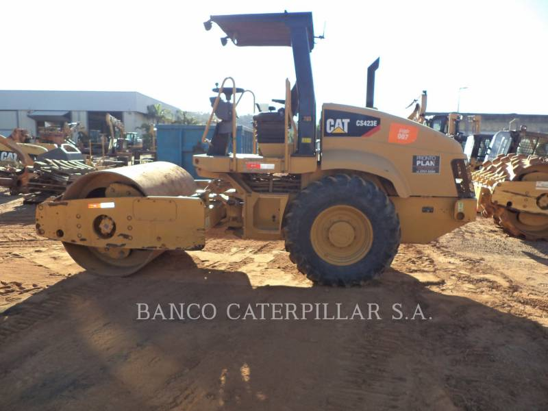 CATERPILLAR COMPACTADORES DE SUELOS CS-423E equipment  photo 6
