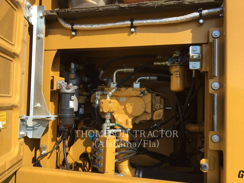 Caterpillar EXCAVATOARE PE ŞENILE 323F equipment  photo 14