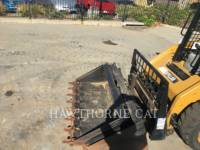 CATERPILLAR SKID STEER LOADERS 226B3 equipment  photo 9