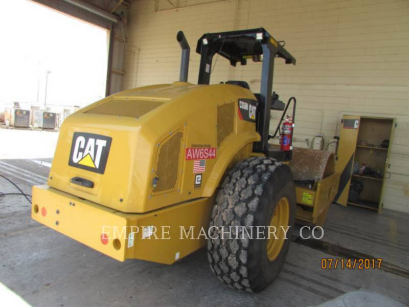 CATERPILLAR COMPACTEUR VIBRANT, MONOCYLINDRE À PIEDS DAMEURS CS56B equipment  photo 1
