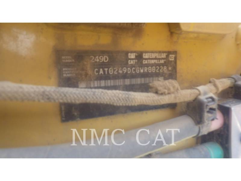 CATERPILLAR CARGADORES MULTITERRENO 249D equipment  photo 6