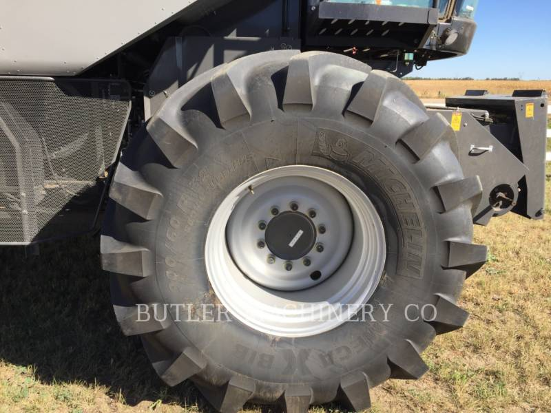 GLEANER KOMBAJNY S77 SUPER equipment  photo 6