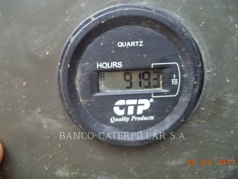 CATERPILLAR EXCAVADORAS DE CADENAS 320D equipment  photo 6