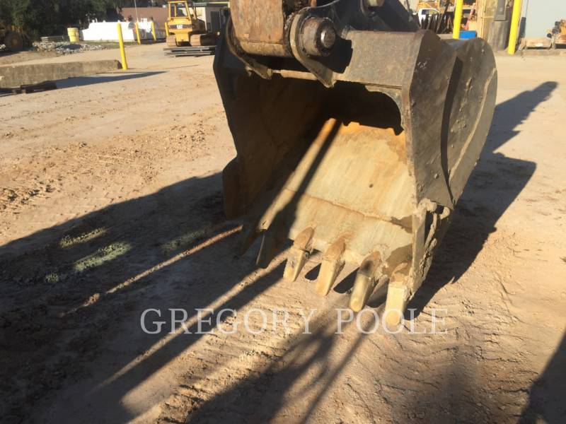CATERPILLAR TRACK EXCAVATORS 320E L equipment  photo 6