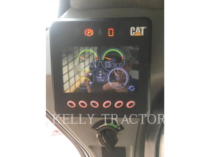 CATERPILLAR SKID STEER LOADERS 272D2XHP equipment  photo 17