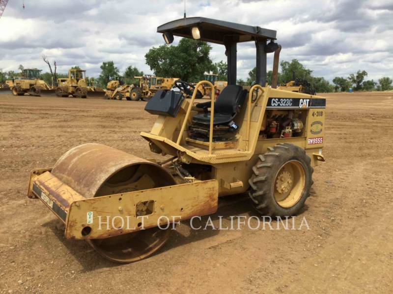 CATERPILLAR COMPACTADORES CS-323C equipment  photo 1