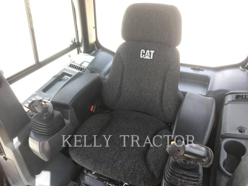 Caterpillar TRACTOARE CU ŞENILE D5K2 LGP equipment  photo 14
