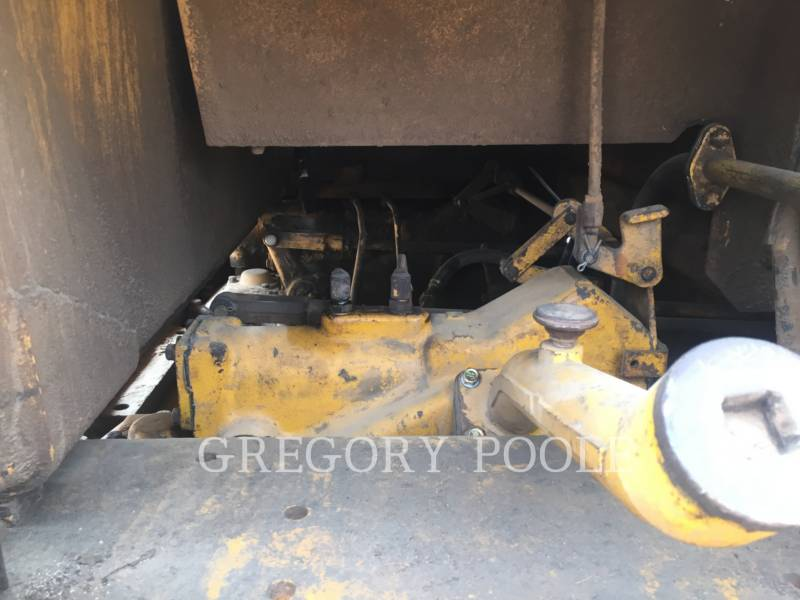 CATERPILLAR TRACTORES DE CADENAS D6D equipment  photo 16