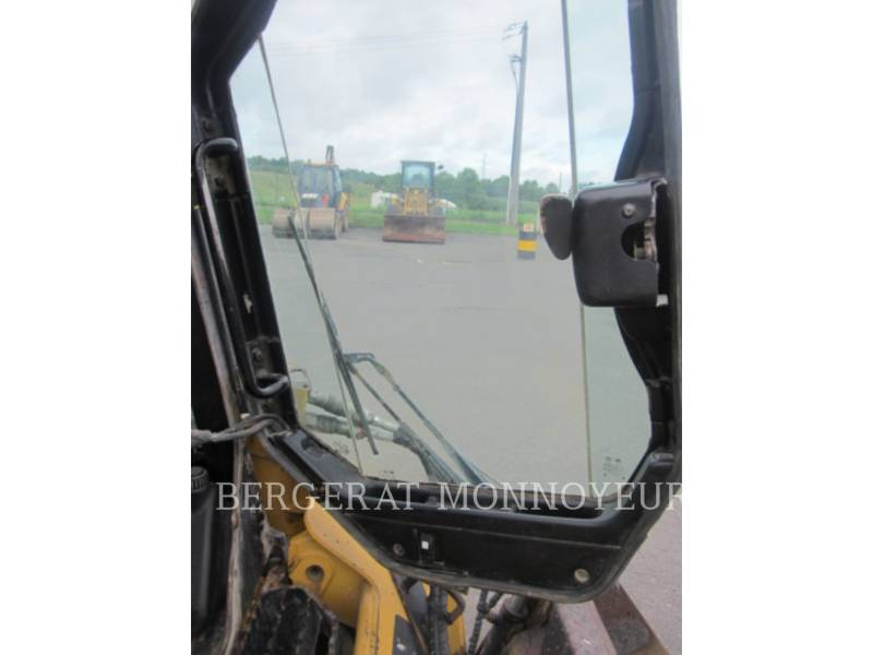 CATERPILLAR MINICARGADORAS 226B3 equipment  photo 6