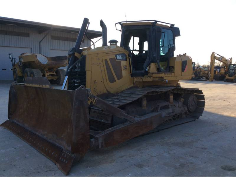 CATERPILLAR TRACK TYPE TRACTORS D7ELGP equipment  photo 14