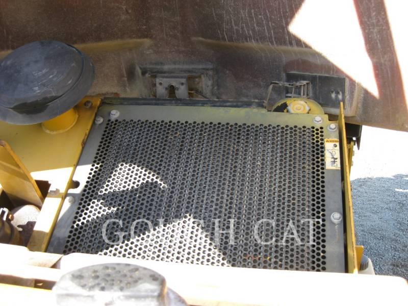 CATERPILLAR VIBRATORY DOUBLE DRUM ASPHALT CB-434D equipment  photo 18