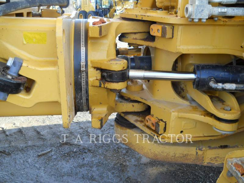 CATERPILLAR TOMBEREAUX ARTICULÉS 740B equipment  photo 15