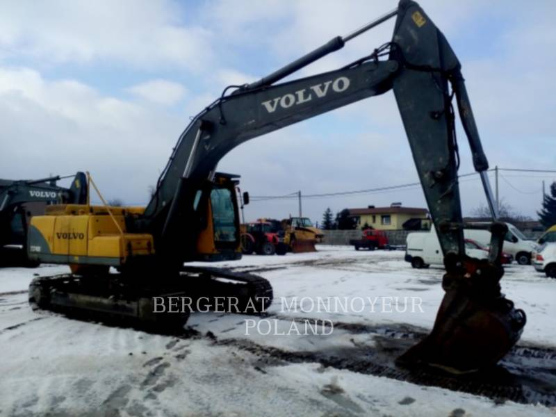 VOLVO KETTEN-HYDRAULIKBAGGER EC240B NLC equipment  photo 2