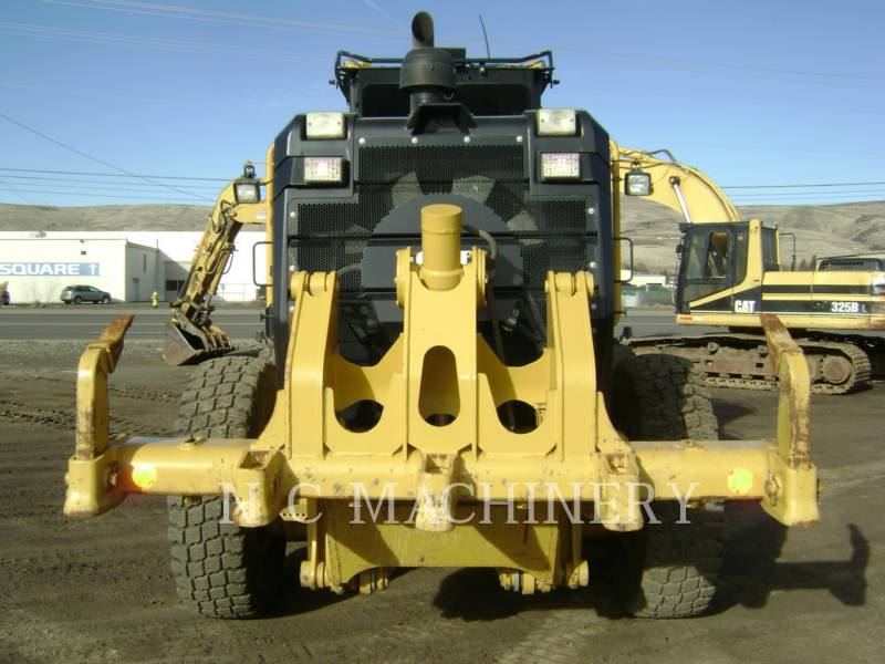 CATERPILLAR RÓWNIARKI SAMOBIEŻNE 140M2 AWD equipment  photo 15