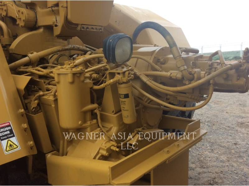 CATERPILLAR MOTOESCREPAS 623G equipment  photo 10