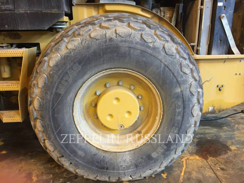CATERPILLAR VIBRATORY SINGLE DRUM SMOOTH CS76 equipment  photo 5