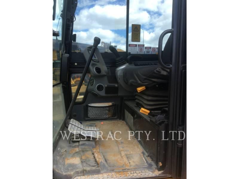 JCB TRACK EXCAVATORS 65R1 equipment  photo 6