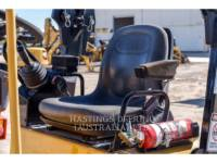 CATERPILLAR VIBRATORY DOUBLE DRUM ASPHALT CB22 equipment  photo 9