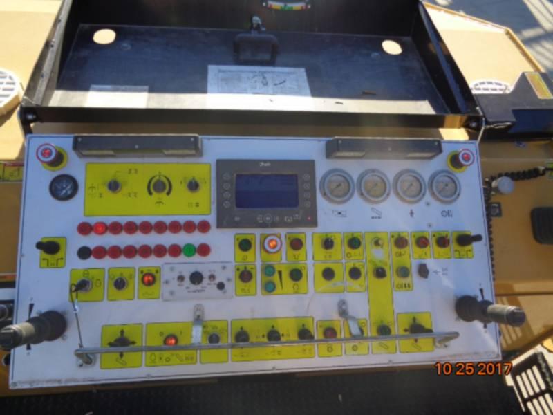 CATERPILLAR COLD PLANERS PM-200 equipment  photo 12