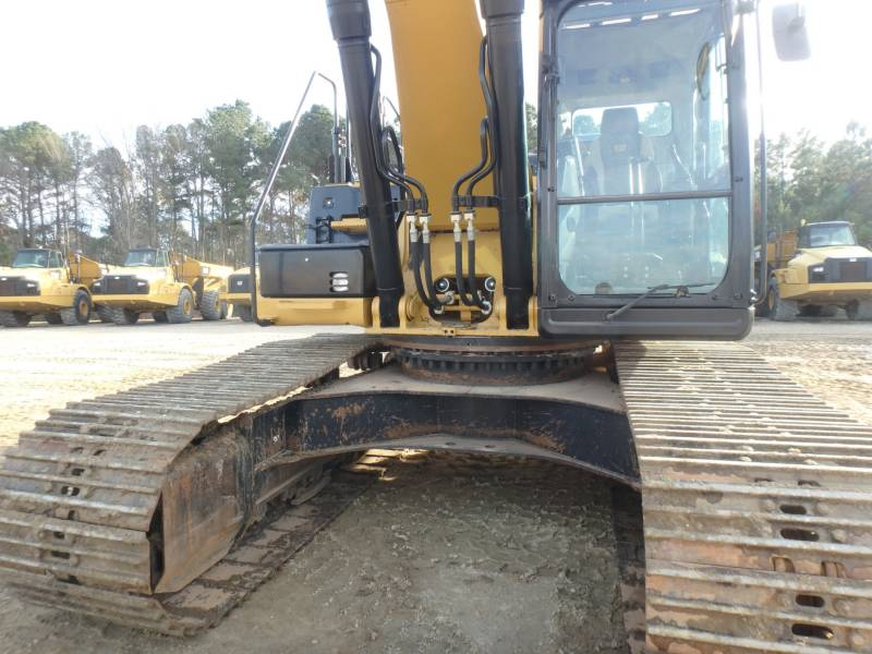 CATERPILLAR TRACK EXCAVATORS 336ELH equipment  photo 4