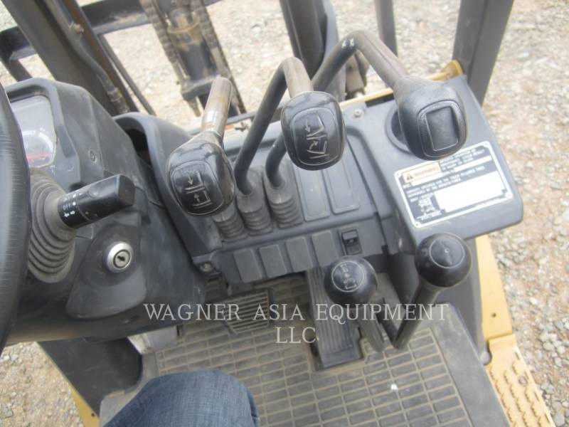 MITSUBISHI CATERPILLAR FORKLIFT ELEVATOARE CU FURCĂ DP15ND equipment  photo 9