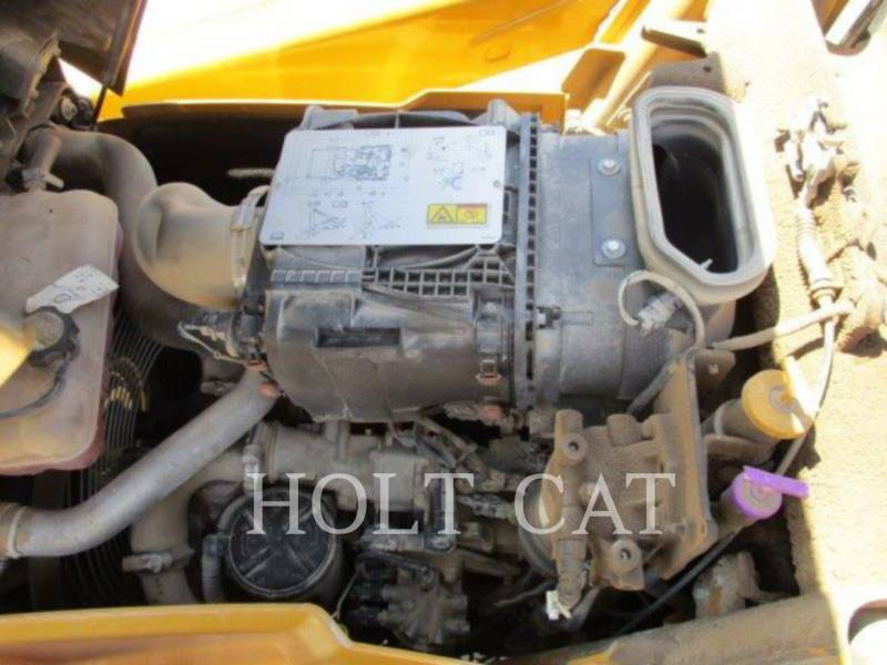 CATERPILLAR CHARGEUSES-PELLETEUSES 416FST equipment  photo 13