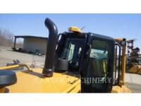 CATERPILLAR TRACK TYPE TRACTORS D6NLGP equipment  photo 10