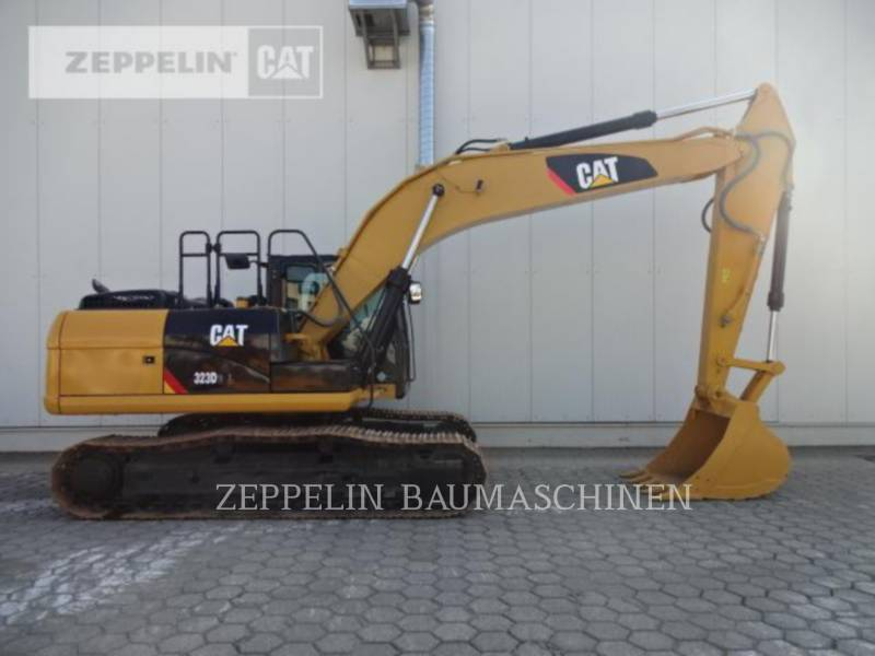 CATERPILLAR ESCAVATORI CINGOLATI 323D2L equipment  photo 5