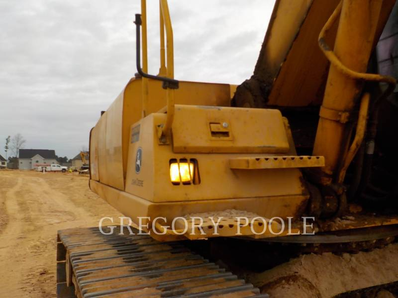 JOHN DEERE EXCAVADORAS DE CADENAS 330C LC equipment  photo 6