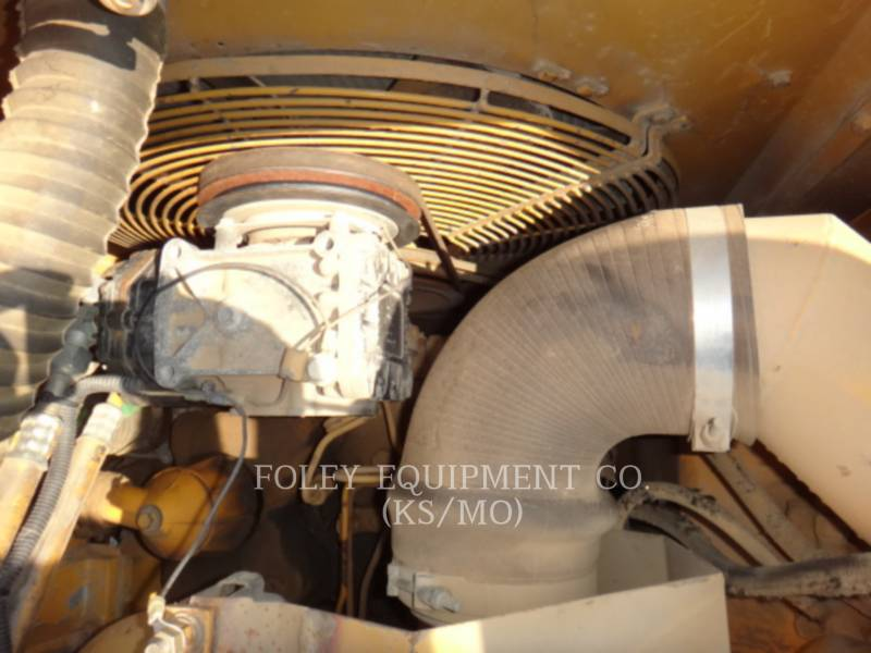 CATERPILLAR VAGONES DE AGUA D25C equipment  photo 14