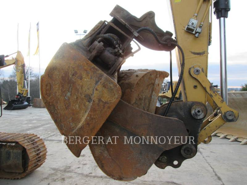 CATERPILLAR KETTEN-HYDRAULIKBAGGER 319D equipment  photo 11