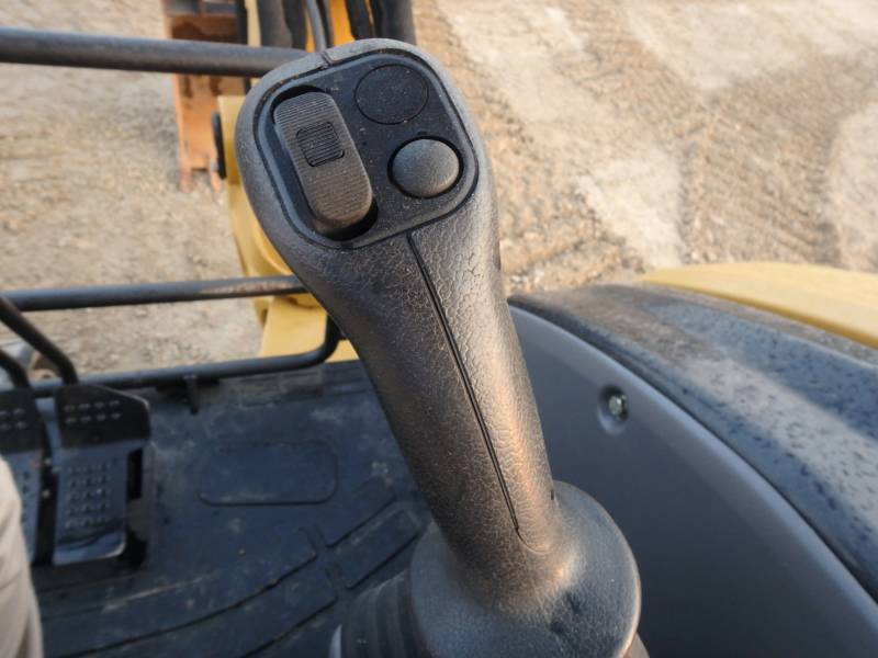 CATERPILLAR TRACK EXCAVATORS 305.5DCR equipment  photo 16