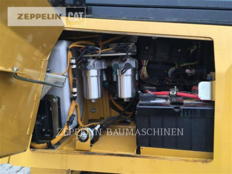 CATERPILLAR CIĄGNIKI GĄSIENICOWE D6KXLP equipment  photo 14