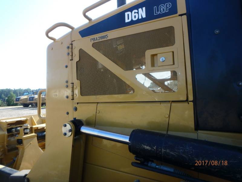 CATERPILLAR KETTENDOZER D6NLGP equipment  photo 24