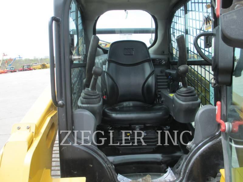 CATERPILLAR CARGADORES MULTITERRENO 257DS equipment  photo 2