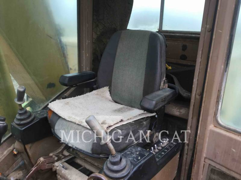 CATERPILLAR TRACK EXCAVATORS 215C LC equipment  photo 22