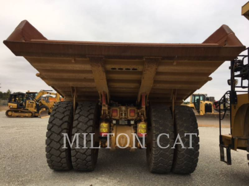 Caterpillar CAMIOANE PENTRU TEREN DIFICIL 770 equipment  photo 5