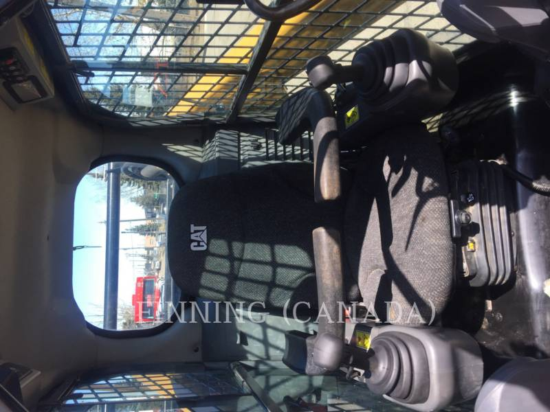 CATERPILLAR PALE COMPATTE SKID STEER 272D equipment  photo 6