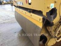 Caterpillar COMPACTOARE CB64 equipment  photo 21