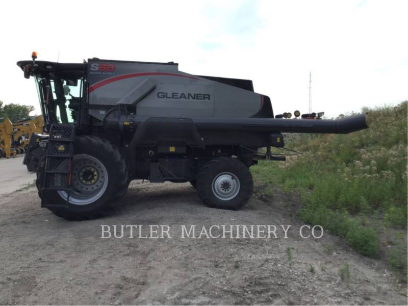 GLEANER COMBINAZIONI S68 equipment  photo 1