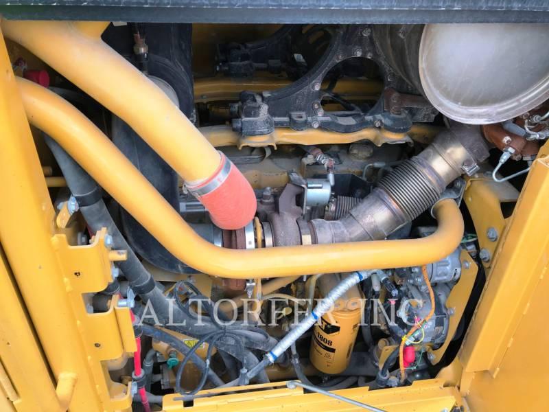 CATERPILLAR RÓWNIARKI SAMOBIEŻNE 140M2AWD equipment  photo 15