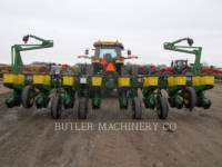 DEERE & CO. PLANTING EQUIPMENT 1760 equipment  photo 5