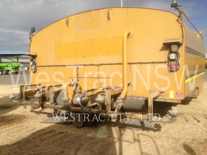 CATERPILLAR WATER TRUCKS 777D equipment  photo 10