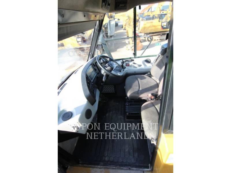 CATERPILLAR DUMPER ARTICOLATI 740B equipment  photo 19