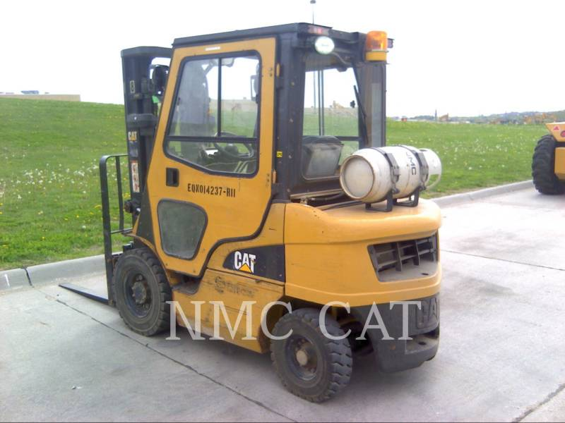 CATERPILLAR LIFT TRUCKS MONTACARGAS 2P5000_MC equipment  photo 1