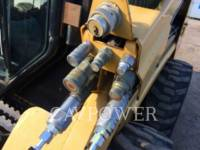 CATERPILLAR MINICARGADORAS 226B2 equipment  photo 13